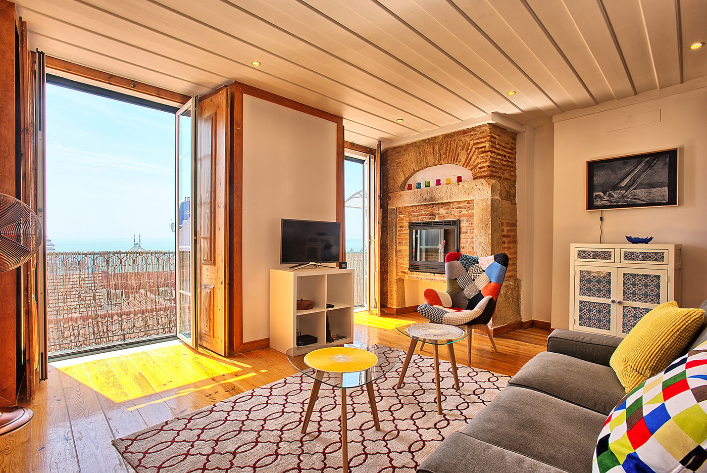 Hilltop apartment in Lisbon