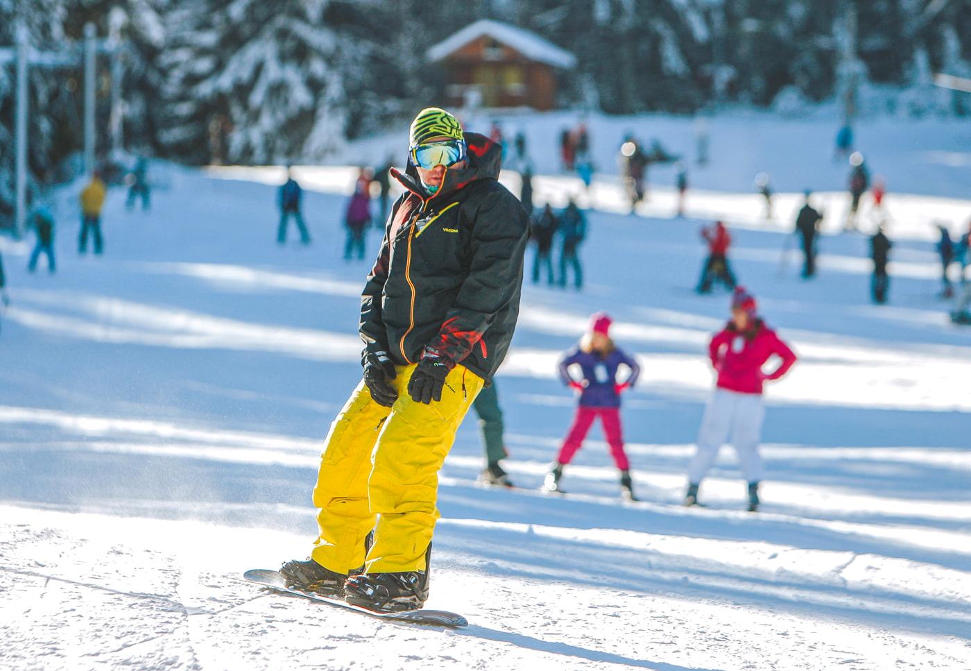 Snowboarding in Dobrinishte