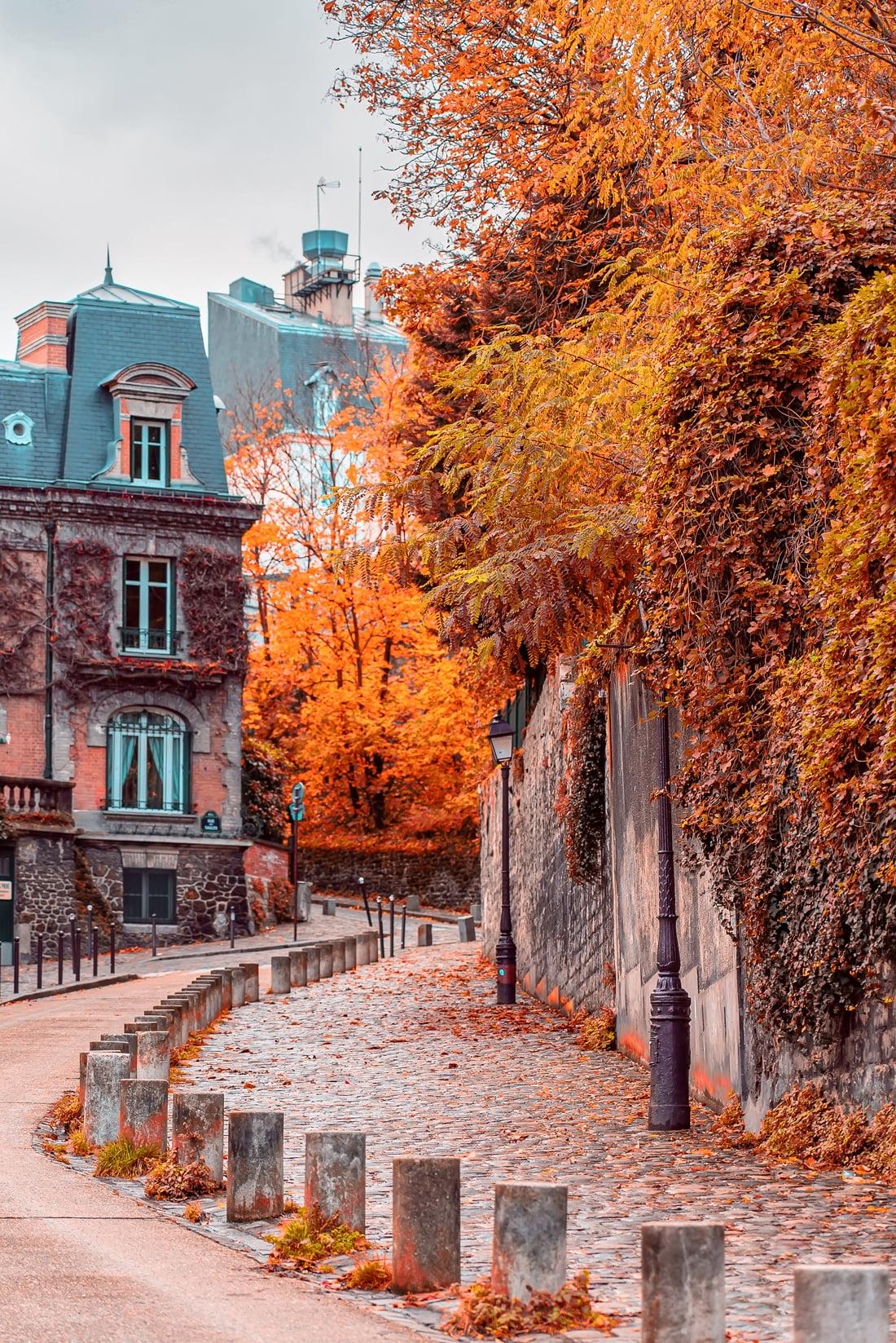 Montmartre in October